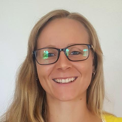 Eva Šmitálová - konzultantka miesta prvého kontaktu - OZ Pokj a dobro